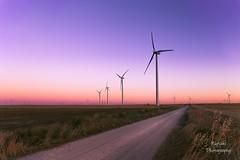 Marineros del viento (nurianl) Tags: molinos landscape paisajes castillayleon valladolid atardeceres canon6d campo