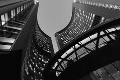 Toronto City Hall (Lee Chu) Tags: sel1018 sonynex6 toronto ontario canada nathanphillipssquare cityhall newcityhall