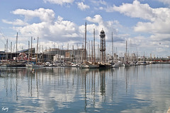 Port Vell. Barcelona. (svet.llum) Tags: barcelona puerto port portvell mar mediterrneo catalunya catalua paisaje reflejos arquitectura ciudad