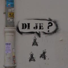 Question mark (Martina Santucci) Tags: spalato split croazia croatia hrvatska city citt mosche flies muhe graffiti graffito street streetart art arte