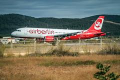 A 320-216   Air Berlin  ( aterrizando en Ibiza ) (ibzsierra) Tags: ibiza eivissa baleares canon 7d 100400isusm aavion plane aviacion aviation aterrizaje aeropuerto pista toma aieberlin airbus a320 a320216 dabzb