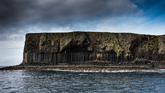 DSC_3465 (13 Monkeys) Tags: mull scotland sea hills water staffa basalt columns fingalscave