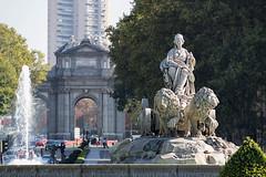 Plaza de Cibeles (nunodanielcosta) Tags: plazadecibeles madrid pueradealcalá cibeles spain espana espanha statue fontain city cidade europa