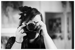 Portrait de Bibi au bibi (Frivolity2501) Tags: art fineart liveart shooting woman vintagestyle vintage 115 f56 55mm canonae1 canon analogic analog analogphotography blackandwhite noiretblanc autoportrait portrait selfie