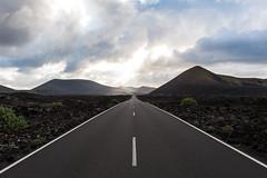 DSC_3850.jpg (Rick van Tuijl) Tags: highway infinity lanzarote canarias spanje desertroad timanfaya theroadtonowhere tinajo parquenacionaldetimanfaya oneindigheid woestijnweg