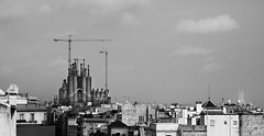 God's Building Site (Dave_Davies) Tags: barcelona espaa building church familia site spain cathedral catalonia gaudi unfinished catalunya antonio sagrada
