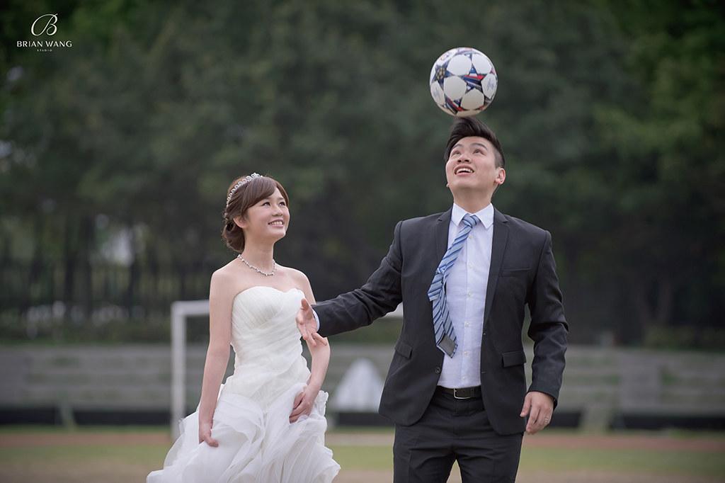 '自助婚紗,自主婚紗,足球婚紗,主題婚紗,海外婚紗婚禮,婚攝BrianWang'