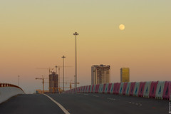 Moon rise (engine9.ru) Tags: road sky moon buildings ngc uae abudhabi abu dhabi koyaanisqatsi