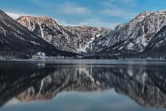 Hallstätter See bei Sonnenuntergang (Fotos4RR) Tags: mountain lake mountains berg austria mirror see österreich sonnenuntergang berge spiegelung oberösterreich upperaustria obertraun hallstättersee flickrbronzetrophygroup