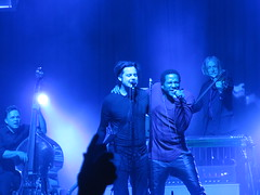 Jack White - Jack White (John Anthony Gillis), Dominic Davis, Dean Fertita, Daru Jones, Fats Kaplin &  Lillie Mae Rische with Q-Tip (Peter Hutchins) Tags: white man records jack jones concert tour live dean third mae tribe quest davis setlist fats dominic called lillie qtip lazaretto jackwhite fertita atribecalledquest daru kaplin a deanfertita rische fatskaplin darujones thirdmanrecords lilliemaerische dominicdavis