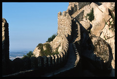 Sintra Moorish Castle II (vkoehne) Tags: castles portugal analog canon sintra fujifilm fortress provia100f castelodosmouros