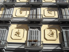 Liberty Putti - Mansion end 19th century at Viale Gramsci in Naples (Carlo Raso) Tags: italy liberty naples mansion putti