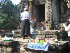 Offering at Neak Pean