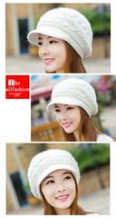 HW-0006 – หมวกไหมพรมเกรดเอมีปีกหมวกแก๊ปด้านหน้าถักลายสวยงามคลุมศีรษะปิดหูกันหนาวอุ่นสบาย