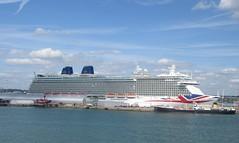 Liner Brittania in Southampton port (cohodas208c) Tags: port boat ship po southampton gigantic brittania cruiseliner notmycupoftea peninsulaandorient