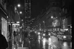 Rue de Rivoli (Tristan Pedrosa) Tags: noiretblanc nb analog bw barcelone paris montparnasse ilford hp5