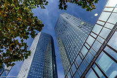 DSC03412.jpg (J.Weyerhuser) Tags: wolkenkratzer hochhuser frankfurt deutschebank sollhaben skyline ffm towers bank