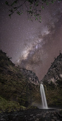 Pita fugaz (Mr. CHILI) Tags: select outdoor landscape rio pita cascada waterfall night star estrella noche ecuador summit panorama panoramic startrail vialacteal milkyway