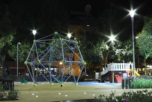 Parque de la 93 (Vagamundos) Tags: parque luz noche bogotá fotografía romántico reportería bogotánocturna sitiosdeencuentro