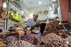 Datteri e frutta secca (andrea.prave) Tags: portrait shop work shopping market morocco maroc older marocco marrakech souk worker marrakesh elders dates mercato ritratto seller datteri suk suq anziano venditore noci モロッコ سوق moroccans nocciole fruttasecca almamlaka marocchini marocains مراكش المملكةالمغربية sūq مواعيد المغاربة visitmorocco almaghribiyya tourdelmarocco