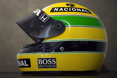 """No igual"" (Jorge Edgar | Photographie) Tags: canon 50mm bell helmet replica 12 senna ayrton 1100d ©jorgeedgar|photographie 1988worldchampion"