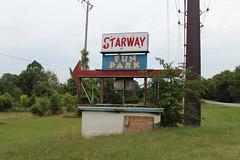 Starway Fun Park (plasticfootball) Tags: abandoned theater theatre kentucky frankfort starwayfunpark starwaydrivein