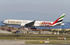 Emirates (Benfica F.C.) 777-300(ER) A6-EPA (birrlad) Tags: istanbul ist ataturk airport turkey aircraft aviation airplane airplanes airline airlines airliner airways approach arrival arriving finals landing runway heat haze boeing b777 b773 777 777300er 77731her a6epa emirates dubai uae ek121