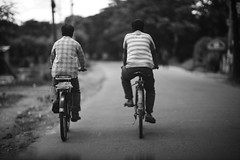 Le Chasse Patate (N A Y E E M) Tags: men bicycle road street village patiya chittagong bangladesh windshield chassepatate tribute tourdefrance