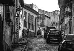 Rua da Sade (tayllon4000) Tags: street city light people blackandwhite white streets photography pessoas cityscape rua pretoebranco maranho centrohistorico ruas monocromtico solus raymony tayllon