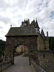 Burg Eltz - 2016 - 018_Web (berni.radke) Tags: burg eltz eifel rheinlandpfalz elzbach elz burgeltz castle chteau