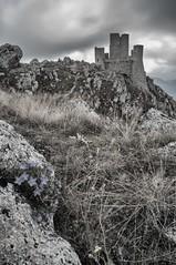 Rocca Calascio (Yossarian Lo Svedese) Tags: rocca calascio abruzzo medioevo antico montagna parco nazionale gran sasso monti della laga