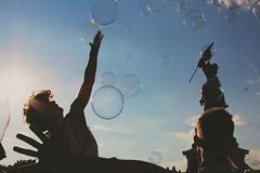 & (sofiabernini1) Tags: bolle soapballs bolledisapone vienna wien colori mani man uomo ragazzo boys hands tumblr