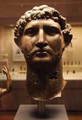 868HadrianBronzeHead (queulat00) Tags: roma romanempire britishmuseum imperioromano hadrian adrian bronce bronze