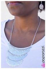 1225_neck-silverkit2april-box01