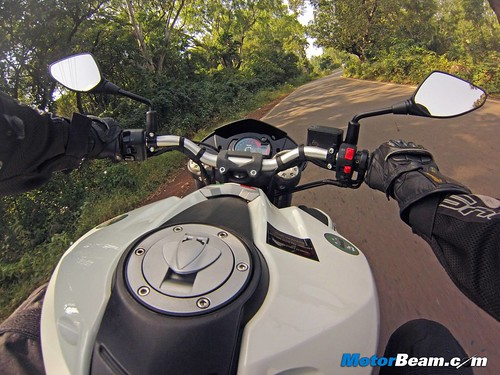 Benelli-TNT-899-Road-Test