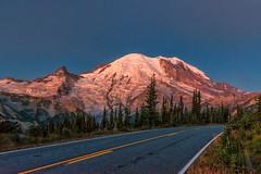 Washington's Glory (Philip Kuntz) Tags: sunrise dawn seattleseahawks superbowl mtrainier daybreak alpenglow mtrainiernationalpark sunrisevisitorcenter roadtovictory