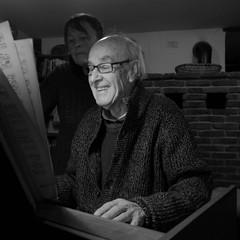 harpsichord (Max D. Machy) Tags: birthday xmas singing emotion age 80 oldage ambition harpsichord johannsebastianbach pianoscore stupeur oratoriobaroque chrismasoratorio solovoice