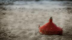 Broken and abandoned (vale0065) Tags: sea sun abandoned beach strand lost island kreta zee greece parasol crete isle zon eiland verloren griekenland verlaten