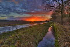 Today's sunset Dannenberg! (Metal Maik) Tags: sunset reflection clouds canon landscape sonnenuntergang ditch cloudy felder wolken lane fields february landschaft spiegelung hdr februar feldweg bracketing graben norddeu