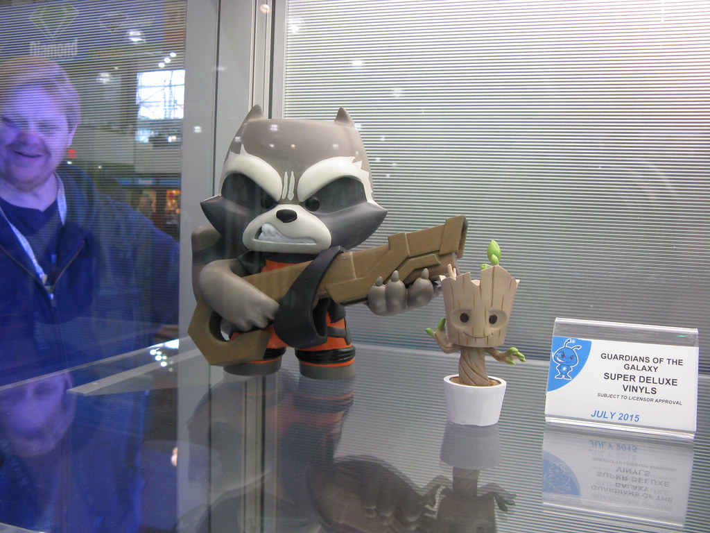 The Worlds Best Photos Of Guardiansofthegalaxy And Vinyl Flickr Guardians Galaxy Rocket Raccoon Super Deluxe Figure Amp Baby Groot Figures At Toy Fair New York 2015 Toywiz