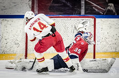 Flexible (R1ku Exposures) Tags: sports hockey goalie nikon icehockey save arena jokerit u20 elisa breakaway asm sportsphotography ifk hifk virtanen mkinen juniora padsave hockeyphotography patrikvirtanen