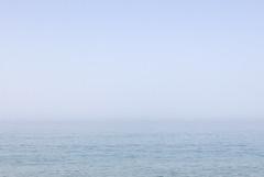 Endless sea (Micheo) Tags: endless blurred bruma nohorizon playadelcañuelo mediterráneo mar summertime verano azul agua water costa
