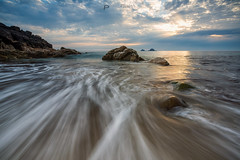 Bubblegum rock (T_J_P) Tags: cornwall porthnanven stjust beach coast cotvalley clouds rocks sea seascape coastal coastline tide tidal light sunset sun