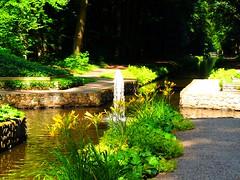 Fontne im Kanal (Sophia-Fatima) Tags: deutschland canal kanal ludwigslust mecklenburgvorpommern fontne schlossludwigslust fountane englischerlandschaftspark ludwigslusterkanal