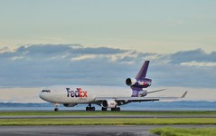 McDonnell Douglas MD-11 FedEx N574FE (ZK-NZE) Tags: mcdonnell douglas md11 n574fe trijet freighter freight cargo fedex federal express plane airplane aeroplane flight aviation aerospace airliner jetliner jet planespotting spotting auckland airport akl nzaa