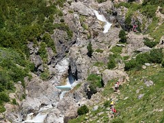 Cascadas en Pirineos (floren.gonzalez) Tags: huesca pirineos cascada