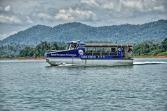 Cruise Boat (chooyutshing) Tags: boat cruise leisure tasklkenyir kenyilake terengganu malaysia