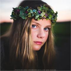 Power of flower (Passie13(Ines van Megen-Thijssen)) Tags: isa stramproy buitenshoot portret portrait girl meisje maedchen flowers canon sigma35mmart netherlands inesvanmegen inesvanmegenthijssen