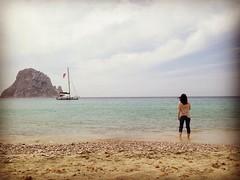 Contemplacin (heteis) Tags: viaje mar playa ibiza barco