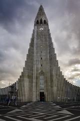 Hallgrmskirkja (mihail.suontaus) Tags: hallgrmskirkja iceland lightroom nikon reykjavik sigma architecture church clock clouds d7100